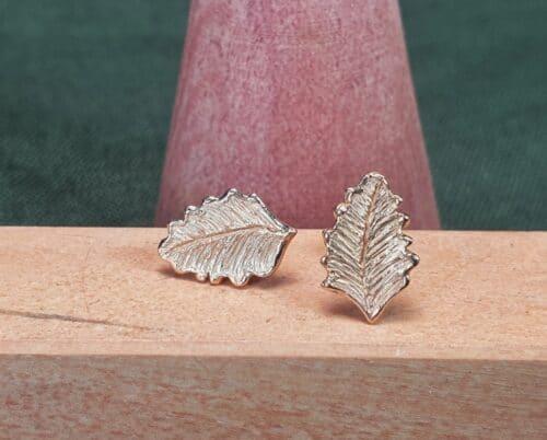 rose gold leaf earrings Oogst Goudsmeden Amsterdam