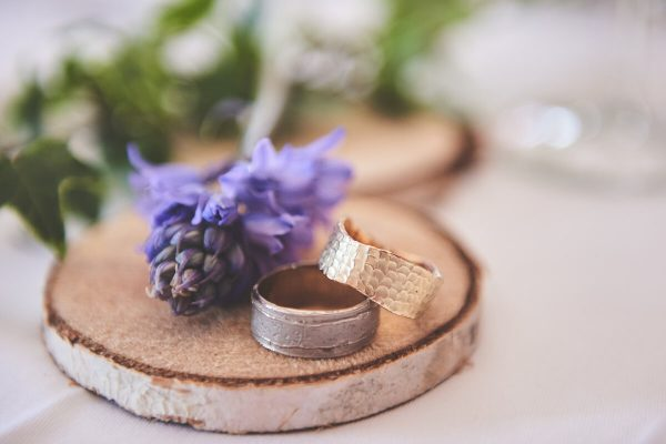 Styled shoot Oogst trouwringen.