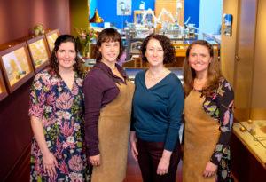 Het Oogst goudsmeden team: v.l.n.r. Yael, Lotte, Ellen & Nathalie