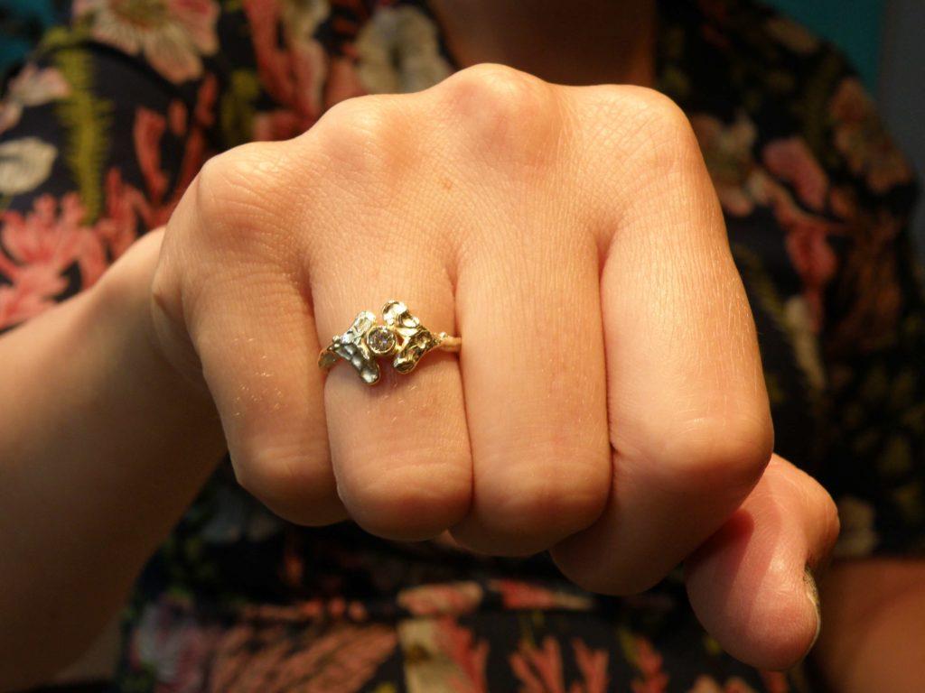 Ring Blaadjes van oud goud gemaakt. Blog baargoud. Goudsmid Oogst Amsterdam.