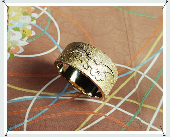 Roségouden tapse ring met handgravure en diamant Bloesem Rose gold tapered ring with hand engraving Blossom with a diamond Oogst Amsterdam japonais
