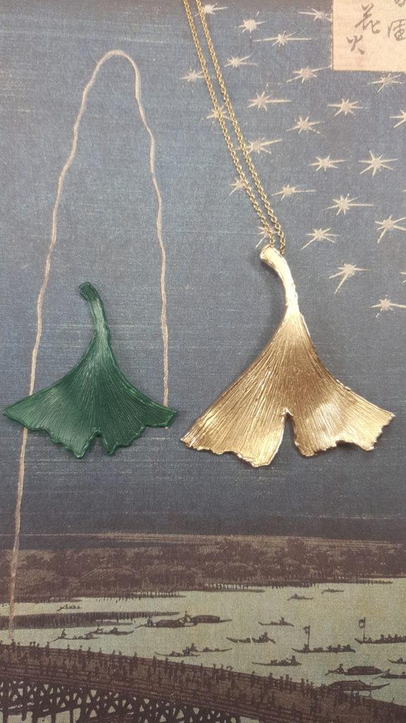 Wax model for Ginkgo pendant Oogst goldsmith Amsterdam
