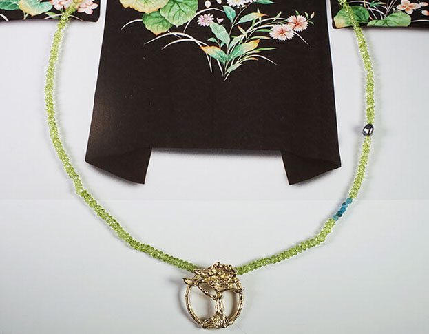 collier japonais * bamboe * 1525,-