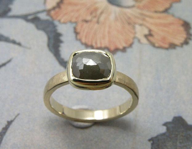 ring filigrain * labradoriet * maatwerk voor hans