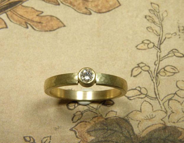 labradoriet ring * maatwerk voor ellen