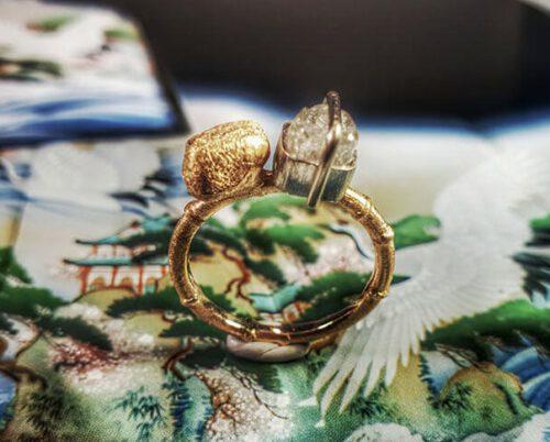 Ring Kei zentuin. Rose gold ring Zen garden. Oogst goudsmid Amsterdam
