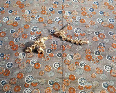 Roodgouden oorsieraden Bloesemtakjes. Rose gold blossom twigs. oogst goudsmid Amsterdam