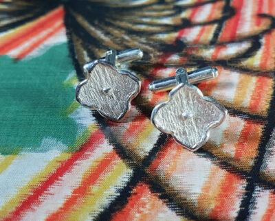 Zilveren Kamon motief manchetknopen. Silver cufflinks with Kamon motive. Oogst Amsterdam.