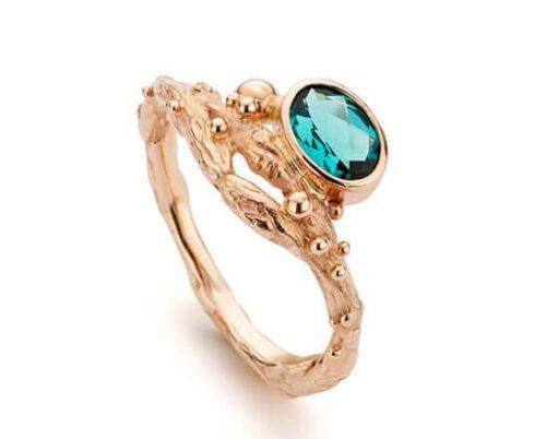 Roségouden ring met groenblauwe ovaal briljant geslepen toermalijn.