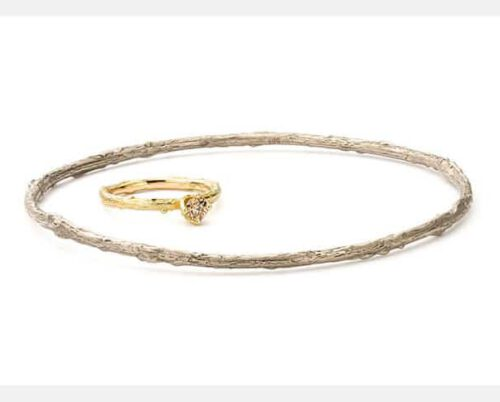 White golden twig bangle and yellow gold diamond twig ring. From our 'Orchard' series. Design by Oogst studio Amsterdam.