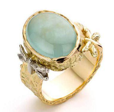 Blog geboortestenen. Handgemaakte sieraden uit het Oogst atelier met een maandsteen.