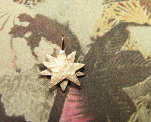 Roodgouden Ster hanger. Gedenksieraad. Rose gold Star pendant. Commemorative jewel. Oogst goudsmid Amsterdam