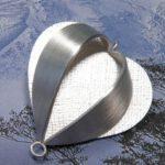 Assieraad zilveren hanger lampion. Commemorative jewel, silver pendant Psysalis. Oogst goudsmid Amsterdam