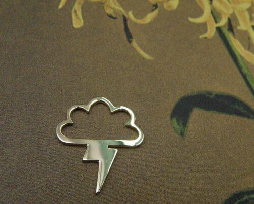 Geelgouden hanger Storm. Baargoud. Geboortesieraad. Yellow gold pendant. Push present. Birth gift. Oogst Amsterdam ontwerp & creatie