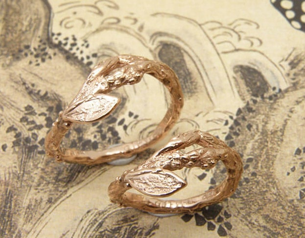 Trouwringen Boomgaard. Roodgouden Takjes. Rose gold twigs wedding rings. Oogst goudsmid Amsterdam