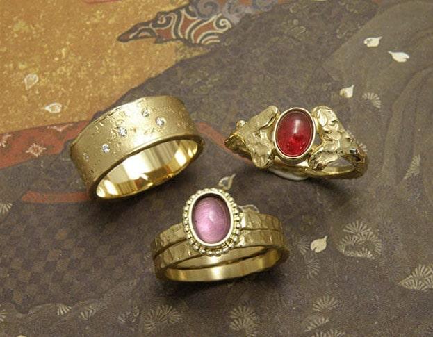 Ring Erosie Ring Blaadjes Ring Deining van eigen oud goud vervaardigd. Ring Swell, Ring Leafs and Ring erosion created from heirloom gold. Design Oogst Amsterdam