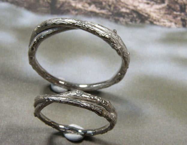 Organic Wedding rings 'Orchard'. White gold twig rings. Designed by Oogst Goldsmith Amsterdam