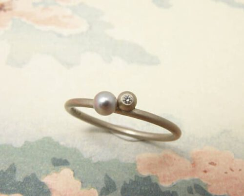 white gold ring berry, pearl and diamond, Oogst Goldsmith Amsterdam