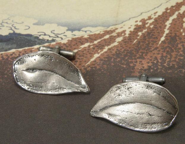 Zilveren bladeren manchetknopen. Silver cufflinks Leafs. Oogst goudsmid Amsterdam