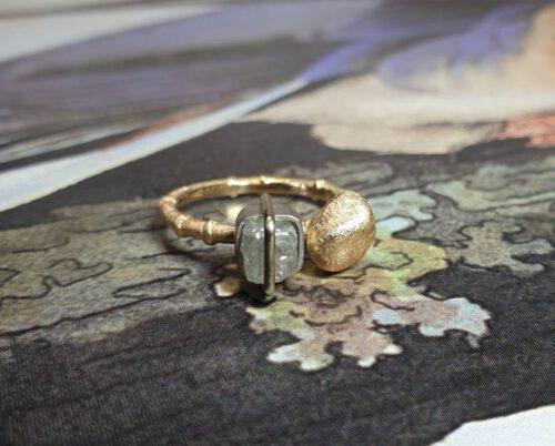 Ring roségoud met diamant japonais. Rose gold ring with diamond cube. Oogst Amsterdam goudsmid