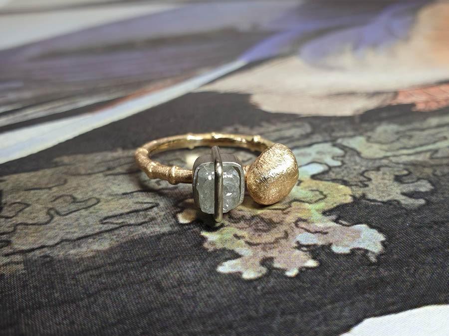 Ring roségoud met diamant japonias. Rose gold ring with diamond cube. Oogst Amsterdam goudsmid