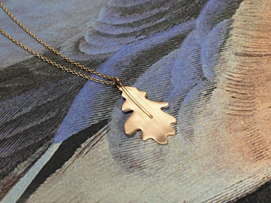 Roodgouden Eik hanger. Rose gold Oak pendant. Oogst goudsmid Amsterdam
