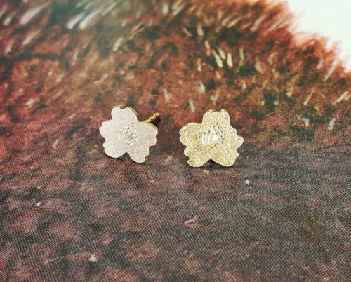 Roodgouden Kweeperen oosieraden Rose gold Quince blossom earrings. earstuds Oogst Amsterdam Japonais