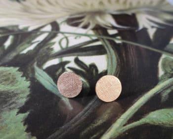 Roodgouden Cirkel oorstekers. Rose gold ear studs Circles. Oogst goudsmid Amsterdam