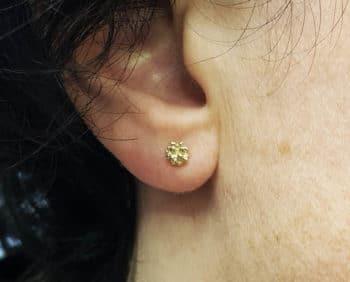 Geelgouden besjes oorsieraden Yellow gold Berries earstuds Oogst Amsterdam ontwerp & creatie