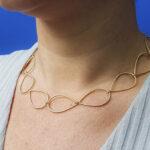 Geelgouden druppels schakel collier. Yellow gold necklace Drops. Oogst goudsmid Amsterdam