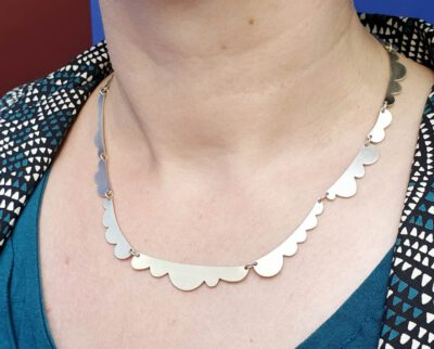 Collier zilveren wolken Lineair . Silver necklace clouds from the Lineair line. Oogst goudsmid Amsterdam