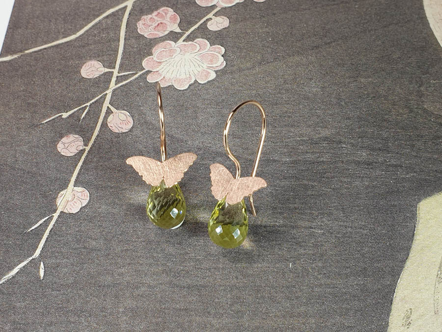 Roodgouden oorsieraden vlinders lemonquartz. Rose gold earrings Butterflies. Oogst edelsmid Amsterdam