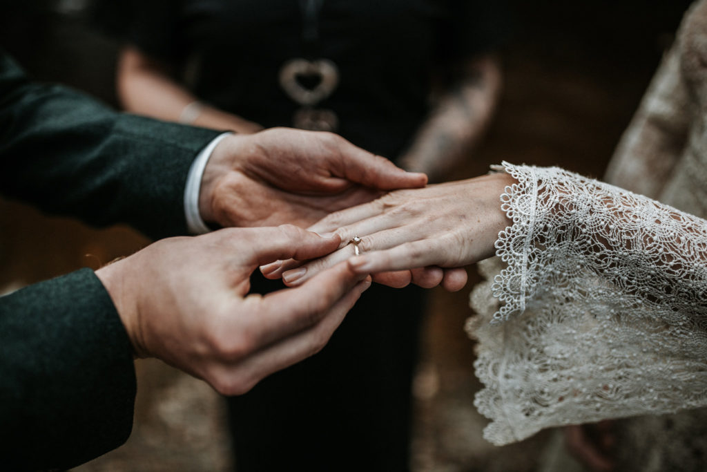Oogst goudsmeden trouwringen & Lieneke Smid fotografie