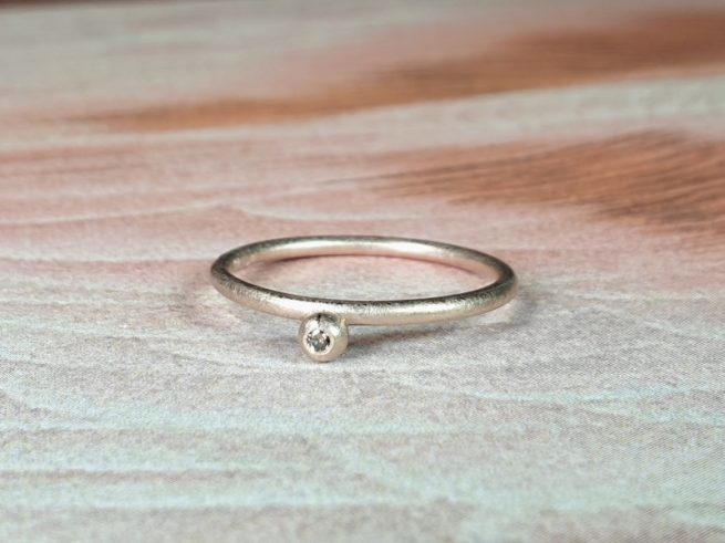 Stack rings Berries. Rose gold with a brown diamond. Oogst goldsmith Amsterdam