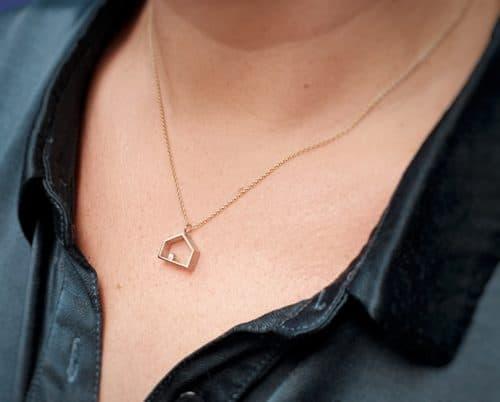 Hanger 'Huisje' witgoud met diamant. Oogst ontwerp & creatie
