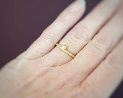 Stack rings 'berries' in yellow gold and rose gold. design by goldsmith Oogst.