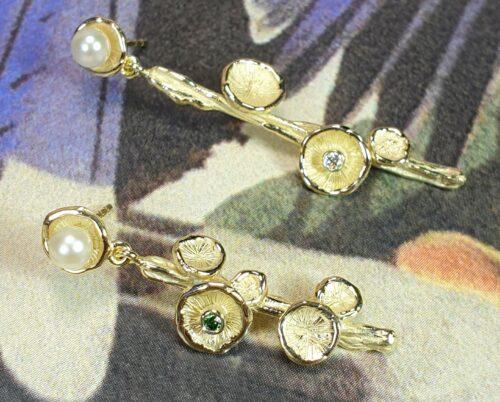 Geelgouden Zwammen oorbellen met diamant en parels. Ontwerp van Oogst Sieraden