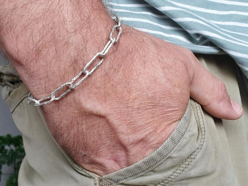 Heren sieraden. Zilveren Boomgaard schakel armband. Heren armband. Ontwerp van Oogst Sieraden in Amsterdam